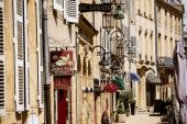 Rue de Roches